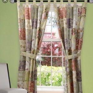 Blooming Prairie Patchwork Window Panel/Tie Back
